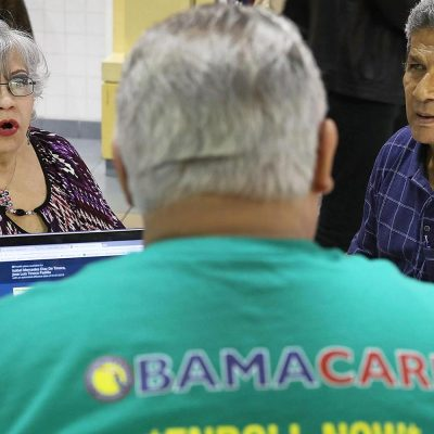 Obamacare enrollment hits 4.7 million on HealthCare.gov as Friday's final deadline looms