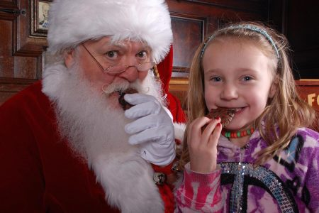 Let it snow: Here's how much a great Santa can earn