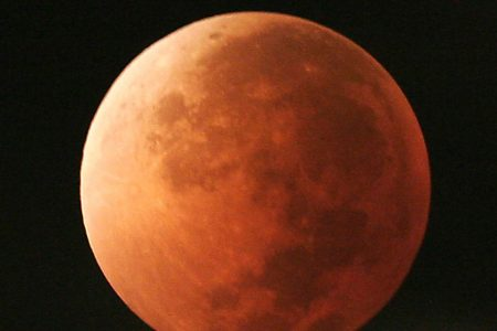 Lunar Showstopper: 1st super blue blood moon in 35 years