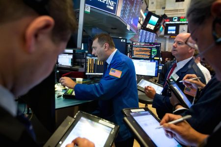 US stocks set for flat open after Fed Chair Powell sees continued hikes