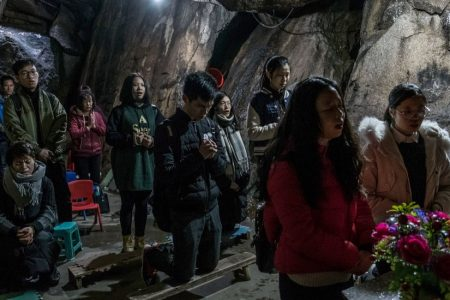 10 Million Catholics in China Face Storm They Can't Control