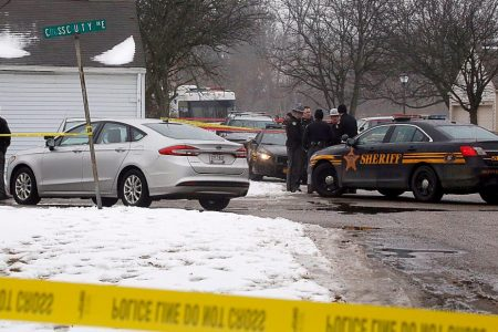 Wife of Ohio police shooting suspect said he previously threatened to kill her
