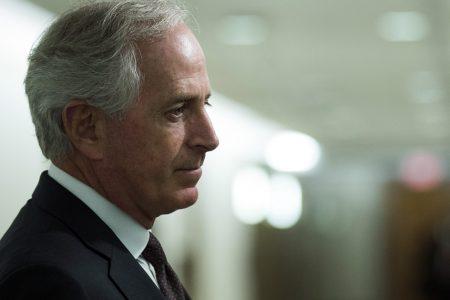 Corker decides against reelection bid, sticks with retirement