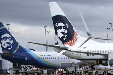 Ex-Alaska Airlines pilot will plead guilty to flying plane while drunk, prosecutors say