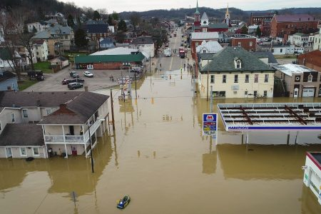 More storms threaten sodden central US, where at least 70 rivers are in flood stage
