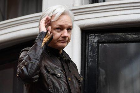 WikiLeaks founder Assange rebuffed in bid to quash British arrest warrant