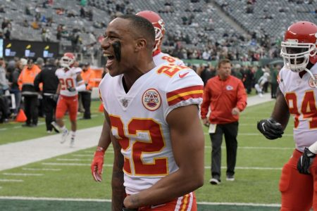 Chiefs reportedly trading All-Pro cornerback Marcus Peters to the Rams