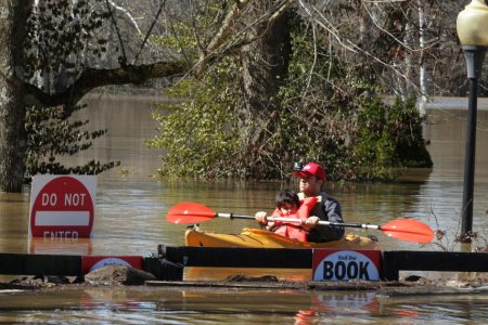 More flooding expected along the Ohio River in week of deadly weather