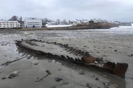Nor'easter uncovers wreck of Revolutionary War-era ship on Maine beach