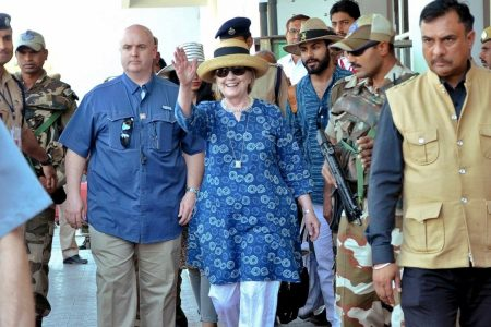 Hillary Clinton fractures wrist after slipping in India resort bathtub, report says