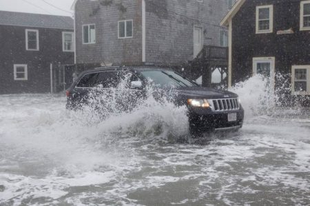 Powerful storm leaves 9 dead, swaths of East Coast in the dark