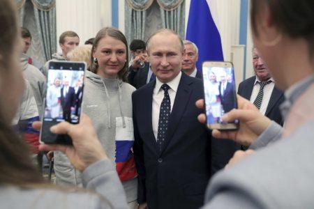 Trump congratulates Putin on his reelection, discusses 'arms race'