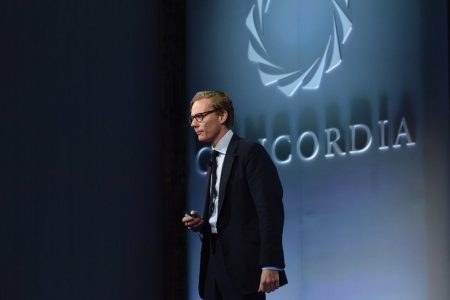 Cambridge Analytica, Trump-Tied Political Firm, Offered to Entrap Politicians