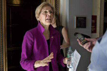 Elizabeth Warren keeps up criticism of fellow Democrats supporting bank deregulation