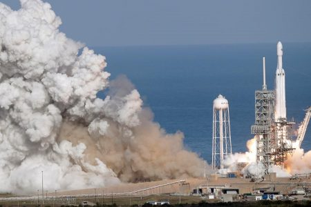 How the SpaceX Falcon Heavy rocket compares to Elon Musk's other powerful spacecraft