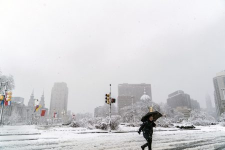 Winter storm updates: Heavy snow, thunder and lighting spread north from NYC to Boston