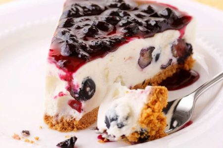Tainted cheesecake used by woman trying to steal another's identity, police say