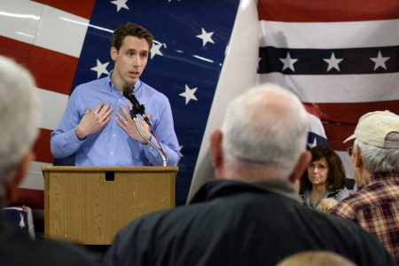 In Missouri, Governor's Scandal Ensnares a Republican-Leaning Senate Race