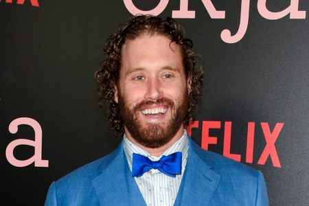 TJ Miller, Former 'Silicon Valley' Star, Charged With False Bomb Report