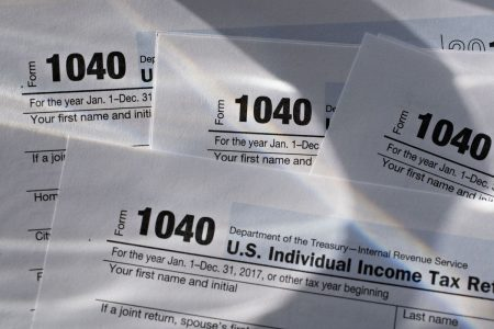 Taxpayers Get an Extra Day to File After IRS Computers Fail