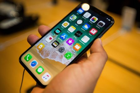Apple Results to Show iPhone Growth Problem and Cook's Plan to Fix It