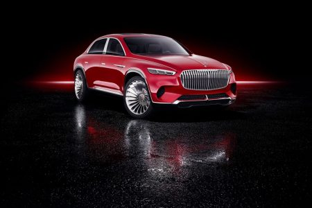 Mercedes Tests Billionaires' Appetite for a Maybach Crossover