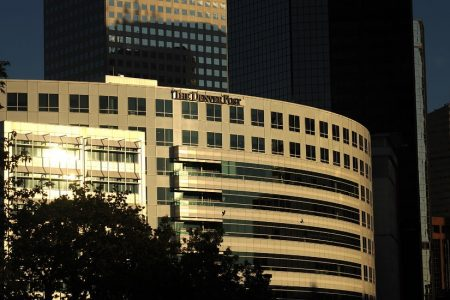 Colorado Group Pushes to Buy Embattled Denver Post From New York Hedge Fund