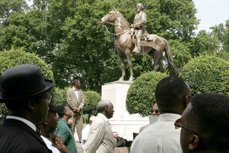 Memphis took down two Confederate statues. State lawmakers are punishing the city for it