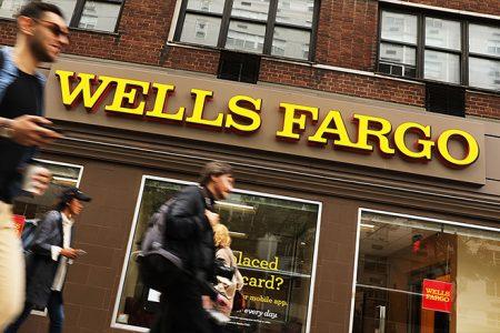 US government urged Wells Fargo to probe its 401(k) tactics