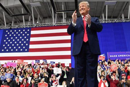 Trump kicks off Michigan rally with shots at the media, Democrats