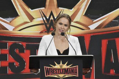 WWE WrestleMania 34 live: Seth Rollins claims Intercontinental Championship belt