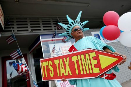 The IRS e-file system has crashed: How to file your taxes on time.