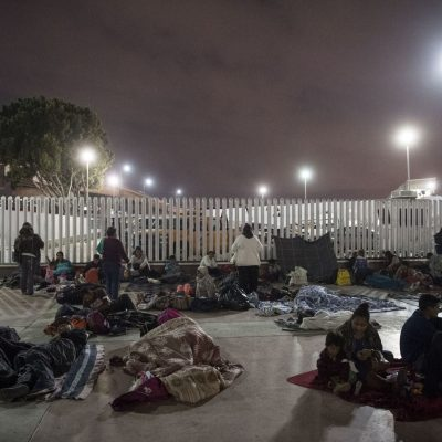 Migrant caravan blocked at border; waiting drags into second day