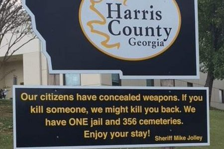 'If you kill someone, we might kill you back': Sheriff welcomes visitors with ominous warning