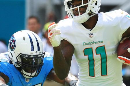 DeVante Parker's 5th-Year Contract Option Exercised by Dolphins