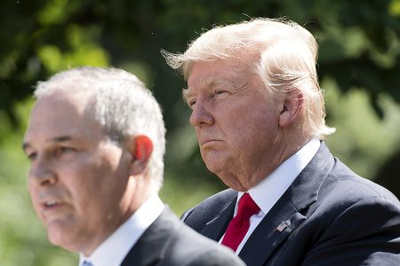 Trump meets with Pruitt amid growing calls for resignation