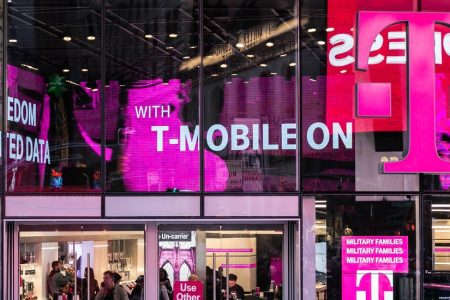 Sprint and T-Mobile CEOs Are in Washington to Sell Their Merger. Here's What They'll Confront.