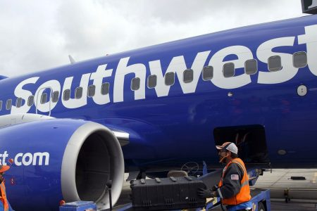 Southwest Sends Engine Fan Blades to GE for Further Inspection