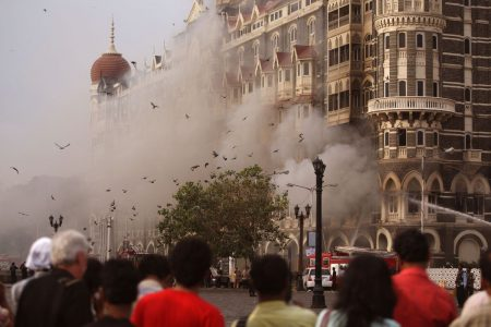 Pakistan Leaders to Meet Over Ex-PM's Mumbai Attack Criticism