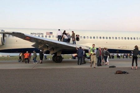 Delta flight evacuates after smoke fills cabin: 'Scariest thing ever'