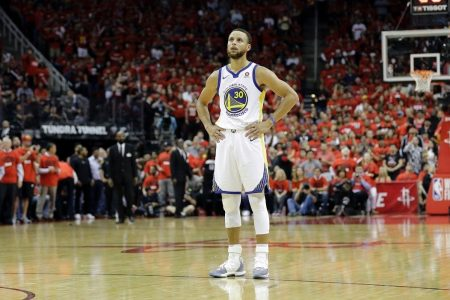 Steph Curry's pregnant wife claims she was heckled, bumped in belly by Rockets fan