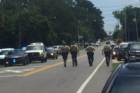 Suspect barricaded in apartment in Panama City, Florida. found dead