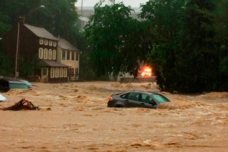 Flash floods rip through Ellicott City, Maryland, for second time in nearly two years