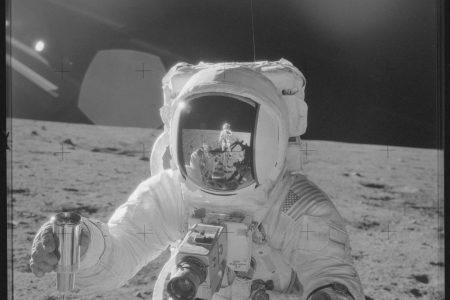 Alan L. Bean, Apollo 12 astronaut who walked on the moon, dies at 86