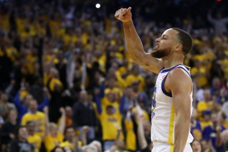 Stephen Curry Wakes Up and Puts the Rockets to Sleep