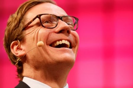 Investigators warn Cambridge Analytica bosses that they can run, but they can't hide