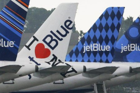 JetBlue to deliver fresh NYC pizza to Los Angeles