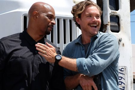 Damon Wayans says fired 'Lethal Weapon' co-star Clayne Crawford was physically abusive