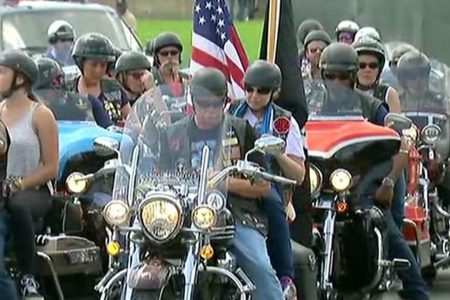 Rolling Thunder's Ride for Freedom draws huge crowds honoring veterans, fallen troops