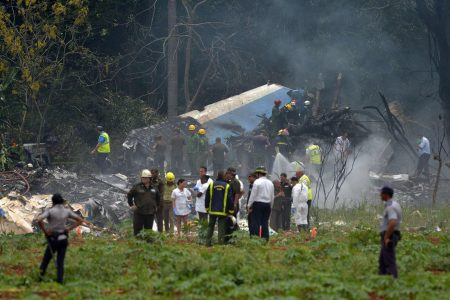 More than 100 people dead after airliner crashes in Cuba on domestic flight
